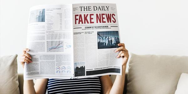 Zeitung Fake News, © pixabay